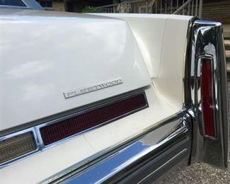 2801 Cadillac Finmin