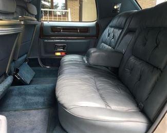 2801 Cadillac Rear Seatmin