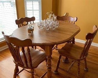 Maple kitchen set -solid