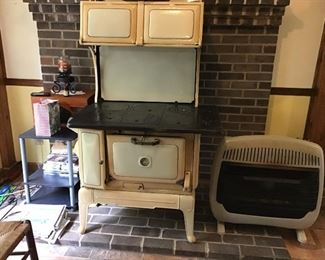 antique Royal porcelain wood cook stove