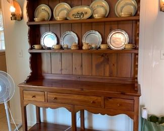 #3Ethan Allen (2 pc) China Cabinet   60x16x34-83 $275.00
