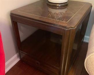 #5Drexel End table w/1 drawer  21.5x25.5x23 $75.00