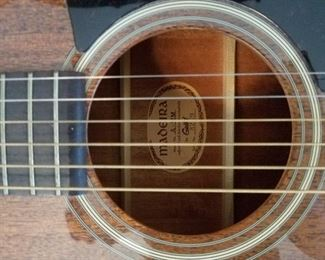 6 String Maderia