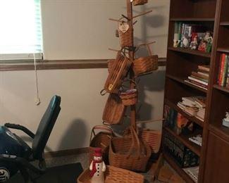 "Longaberger baskets, basket ""tree"" 4 bookcases"