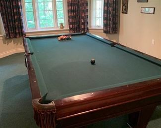 Brunswick Ventura 9ft pool table