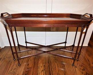 Mahogany inlaid tea table