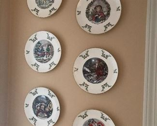 Holiday plate collection