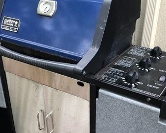 Weber Grill - LP tank -2 ncluded and has a cover