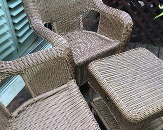 arm chairs and side table - all season wicker