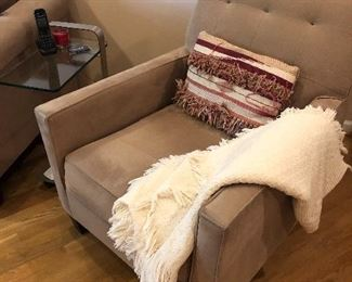 Side arm chair - matches love seat