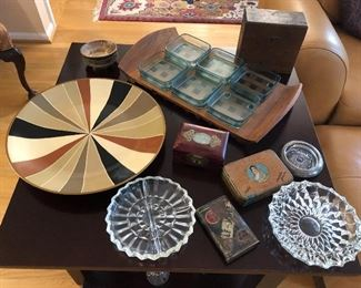 Serving dishes, ashtrays and vintage tins