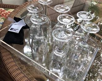 Plastic wine glasses and acrylic tray
