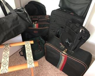 Hartman luggage and luggage rack