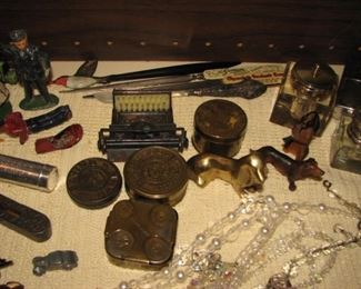 Vintage brass boxes, pens, inkwells, toys
