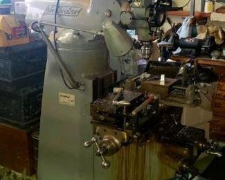 Bridgeport J-Head milling machine