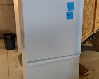 $100 Amana fridge and bottom freezer