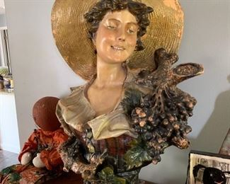 Large bust from France