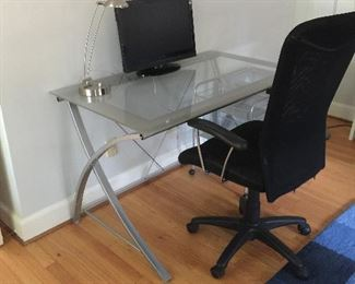 MODERN GLASS TIO DESK WITH FILE CABINRET OFFICE CHAIR