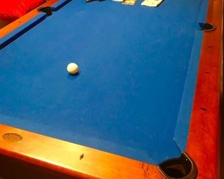Olhausen 8' billiards table