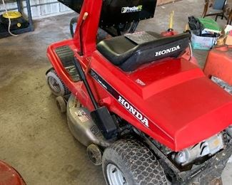 Honda Lawn Tractor