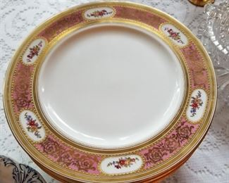 Gilt and Bouquet Plates