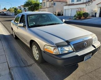 1 OWNER 2004 MERCURY GRAND MARQUIS GS RUNS & DRIVES 108,334 Miles  SILVER ICE COLD AC NO TITLE HOWEVER FAMILY TRUST WILL ISSUE BILL OF SALE TO BUYER VIN# 2MEFM74W34X687096 SOLD AS-IS  WITH NO WARRANTY EXPRESSED OR IMPLIED