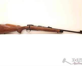 """330: Remington 700 .243 Win Bolt Action Rifle, CA Transfer Available Serial Number: A6803114 Barrel Length: 22""""  California Transfer Available. Ca and out of state shipping available to your local FFL. Buyer is responsible for checking local laws before bidding."""
