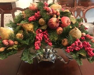 epergne decorated for Christmas
