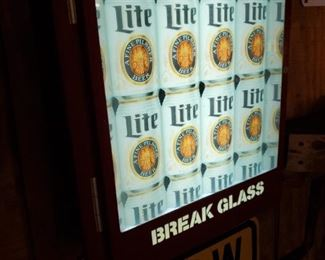 In case of thirst, break glass!