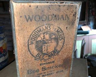 Woodman Bee smoker