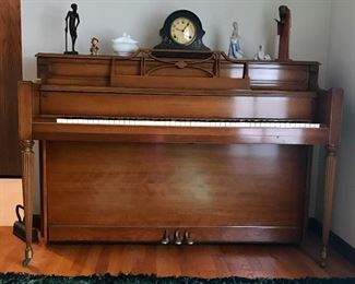 Story and Clark Piano!
