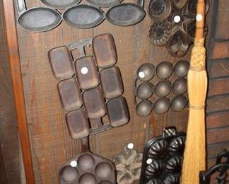 Vintage cast iron bakeware