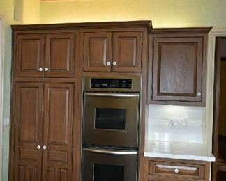 KITCHEN CABINETS, BUILT IN OVENS