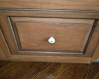 CLOSEUP OF CABINETS