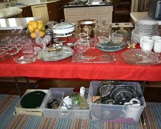 CLEAR GLASS/DISHES