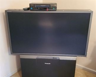 Rear Projection TV.  Works Great, Fantastic for a playroom