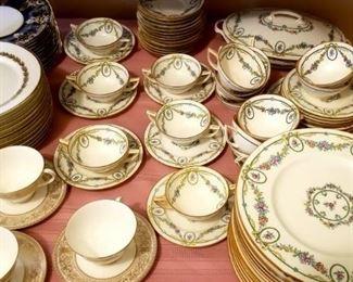 "Huge set of Minton ""Ivanhoe"" pattern fine china"