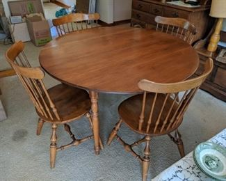 $150  Maple table with chairs and extra leaves