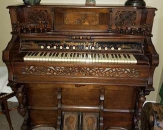 Very ornate antique pump organ