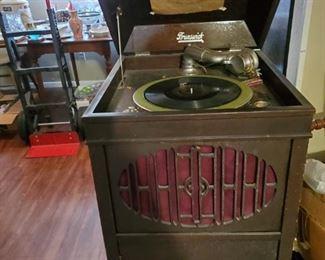 It works!  Brunswick stereo