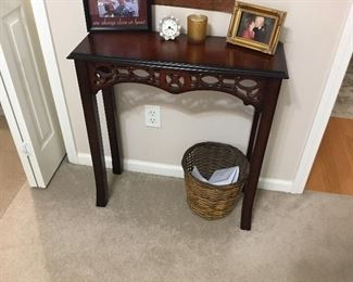 Small table and decor
