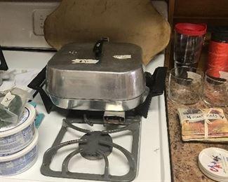 Kitchen - electric skillet
