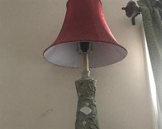 Bedroom 3 - Lamp