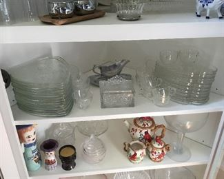Snack plate sets, miscellaneous leaded glass pieces, others