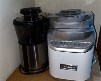 SMALL APPLIANCES / ICE CREAM MAKER AND COFFEE MAKER