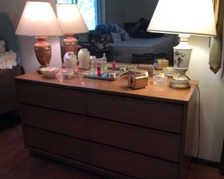Retro light oak wood dresser with mirror.  6 drawers