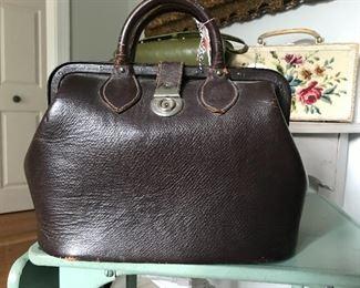 fabulous vintage leather doc bag
