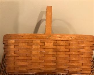 Sturdy Longaberger  market basket, made in the USA, great for the garden, maple garden basket