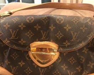 Authentic Louis Vuitton handbag, shoulder bag style
