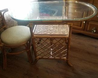 ratton table and chairs